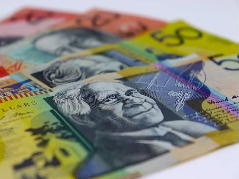 Want to know the best way of transferring large sums of money to Australia?