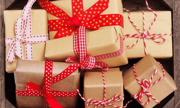 Christmas gifts and leaving gifts for someone moving to Australia